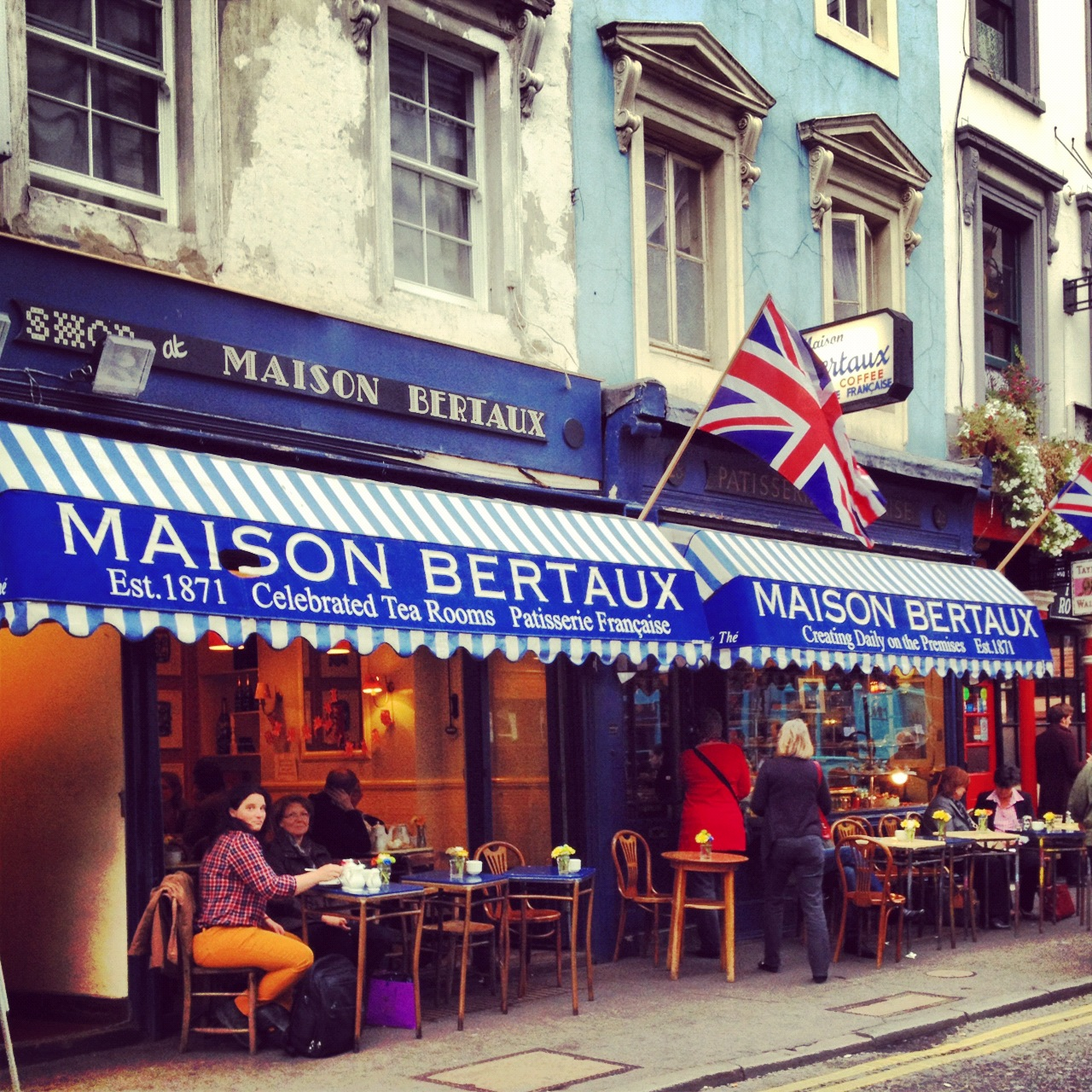 301 moved permanently for Maison london