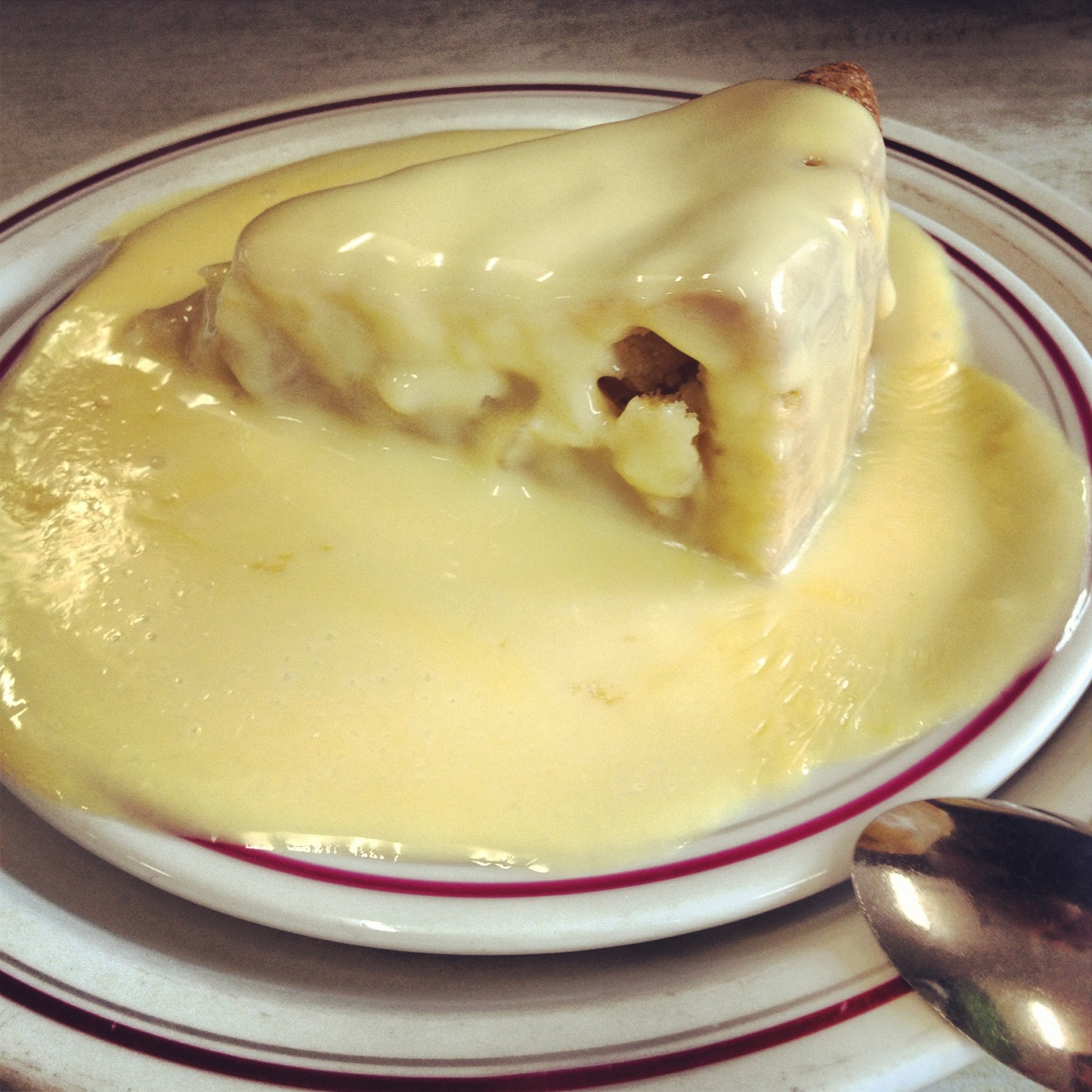 Apple pie & custard @ Shepherdess Cafe | twist & turn
